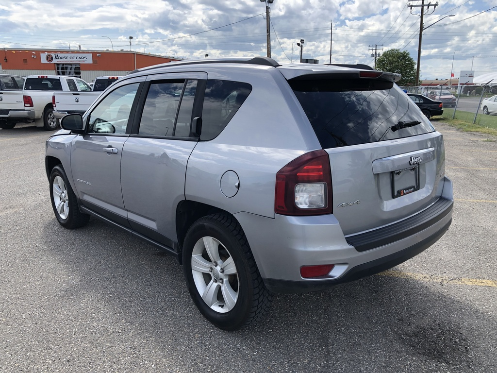 Pre-Owned 2014 Jeep Compass 4WD 4dr North