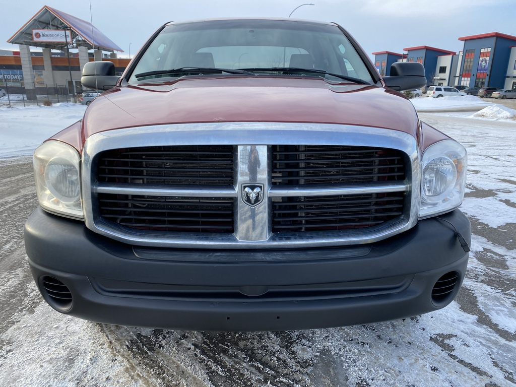 Pre-Owned 2008 Dodge Ram 1500 4WD Quad Cab 140.5 ST