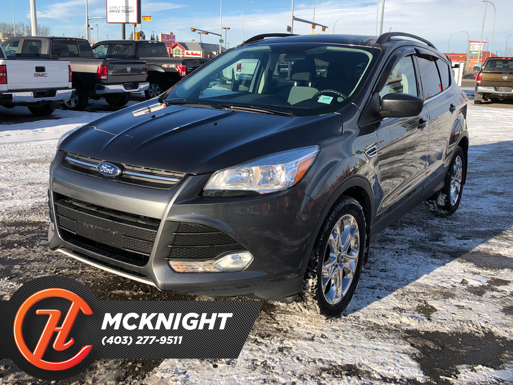 Pre-Owned 2016 Ford Escape Sunroof / Back up cam / Heated seats