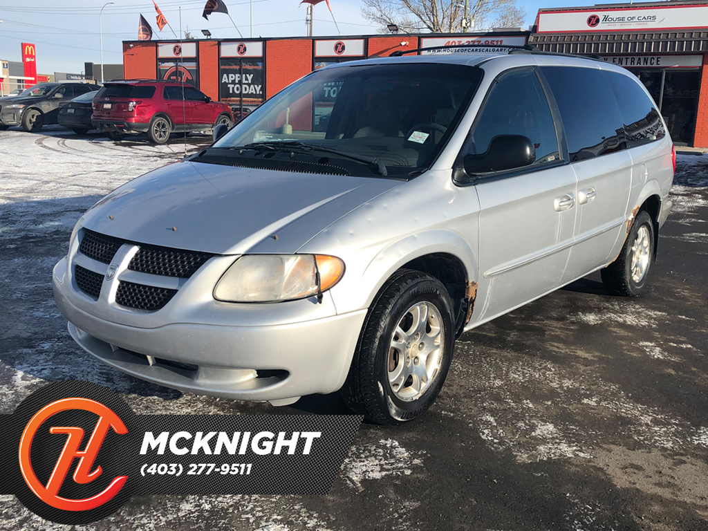 Pre-Owned 2002 Dodge Caravan 4dr Grand Sport 119 WB