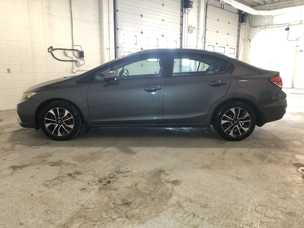 Pre-Owned 2013 Honda Civic Sunroof