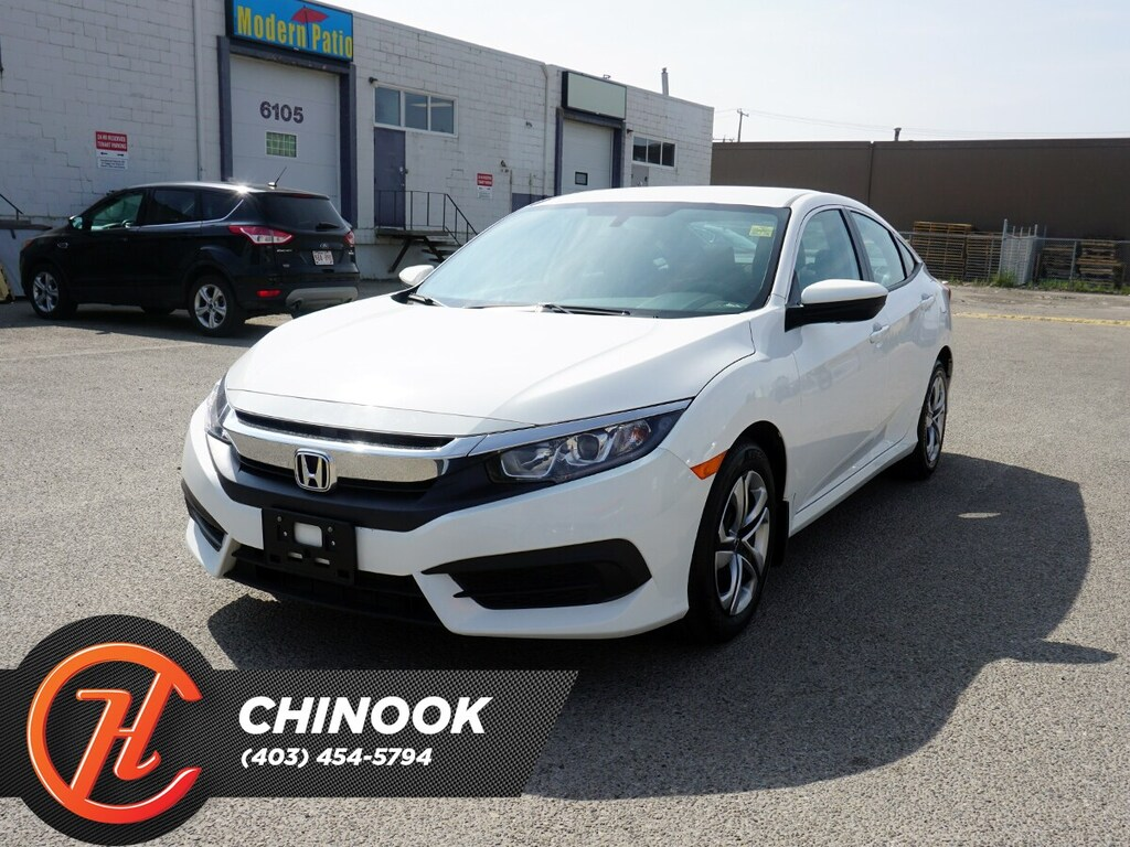 Pre-Owned 2018 Honda Civic LX w/ Bluetooth,Backup Camera,Heated Seats
