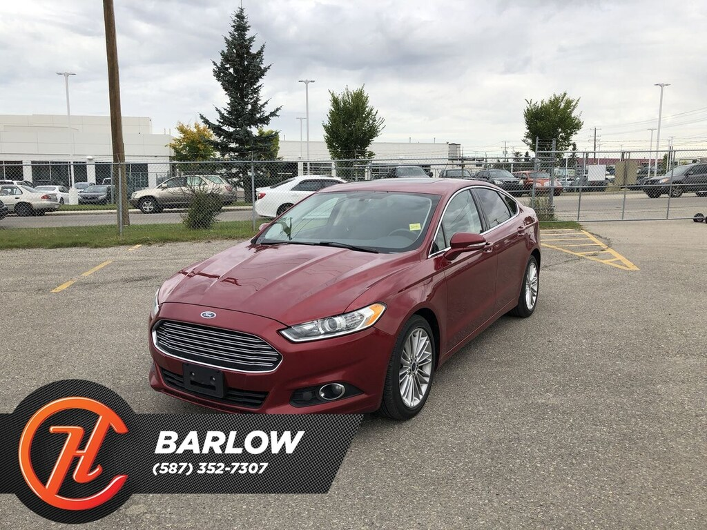 Pre-Owned 2014 Ford Fusion SE / Leather / Sunroof / Navi