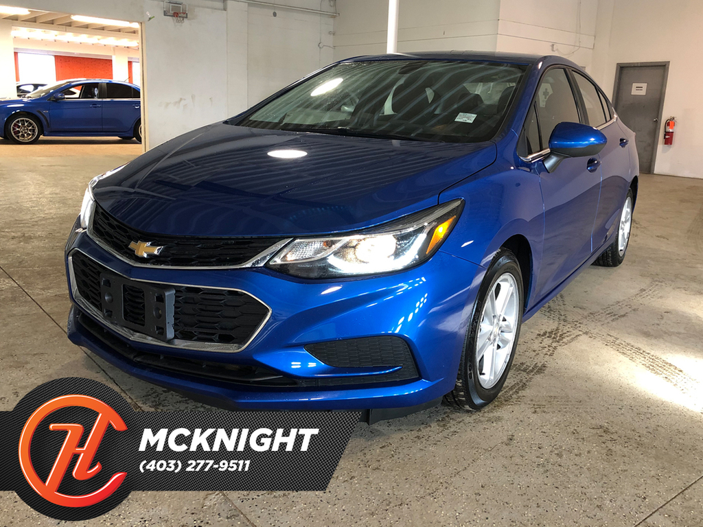 Pre-Owned 2016 Chevrolet Cruze Back up cam / Heated seats