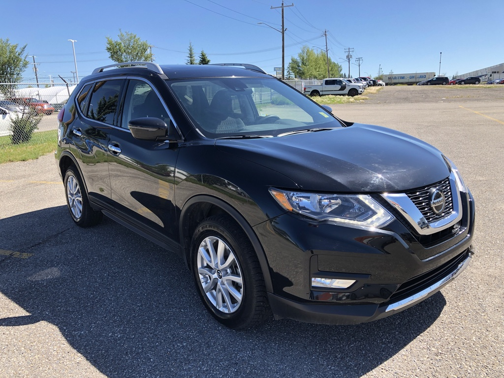 Pre-Owned 2019 Nissan Rogue AWD SV / Sunroof / Back up cam