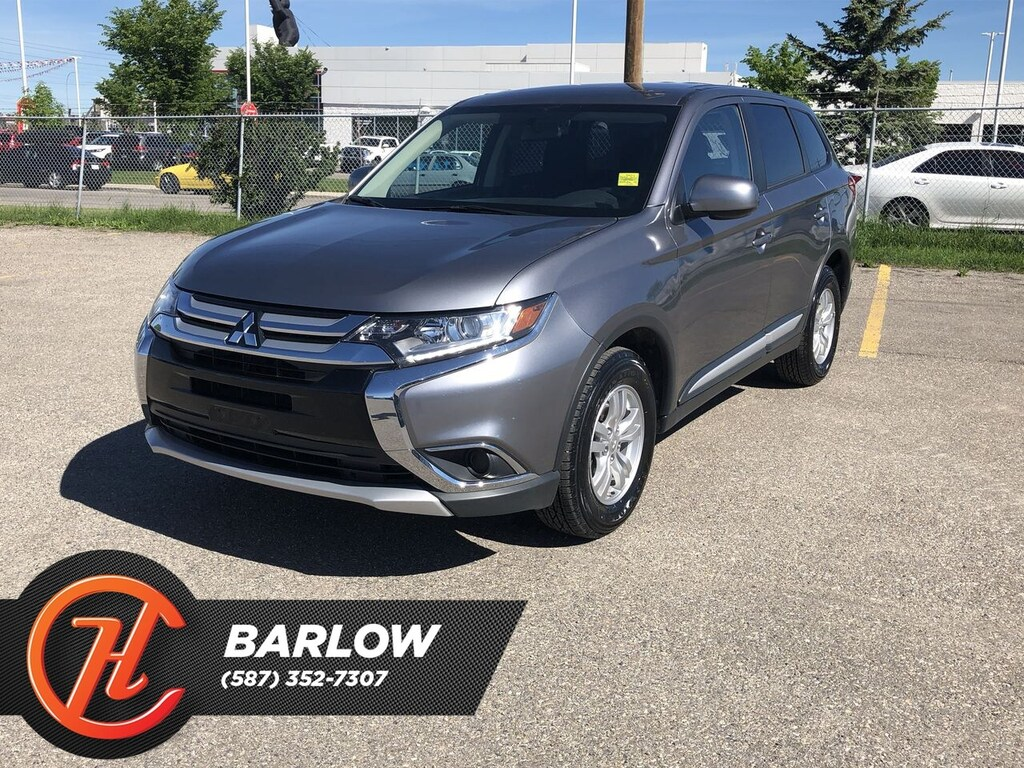 Pre-Owned 2018 Mitsubishi Outlander ES/ Back up Camera / Bluetooth
