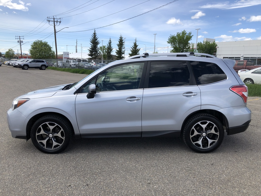 Pre-Owned 2014 Subaru Forester 5dr Wgn / Heated Leather Seats / Navi / Sunroof
