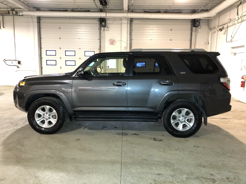 Pre-Owned 2018 Toyota 4Runner Leather / Sunroof / Back up cam