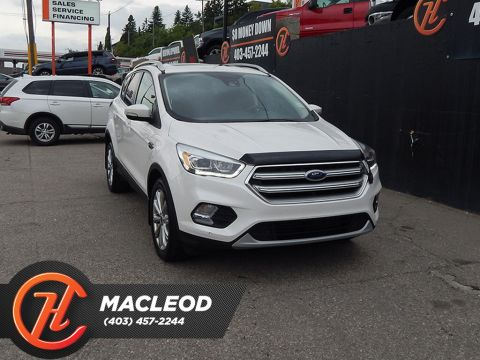 Pre-Owned 2017 Ford Escape Titanium 4WD LEATHER SUNROOF BACKUP CAM