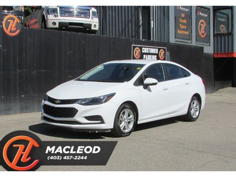 Pre-Owned 2018 Chevrolet Cruze LT Auto,Back up Camera / Bluetooth FWD Sedan