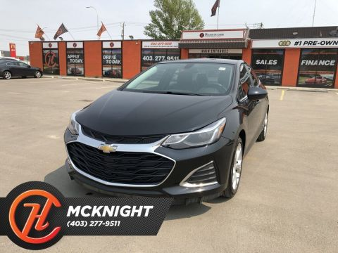 Pre-Owned 2019 Chevrolet Cruze Premier / Leather / Back Up Cam