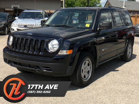 Pre-Owned 2011 Jeep Patriot Sport/North / Leather