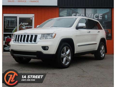 Pre-Owned 2011 Jeep Grand Cherokee Overland/HEATED SEATS/BACKUP CAM/SUNROOF/MORE