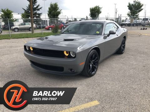 Pre-Owned 2018 Dodge Challenger SXT / Back up Camera / Sunroof /