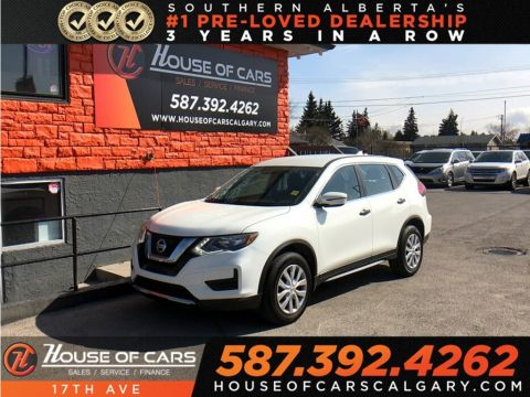 Pre-Owned 2017 Nissan Rogue S / Back up camera / Bluetooth