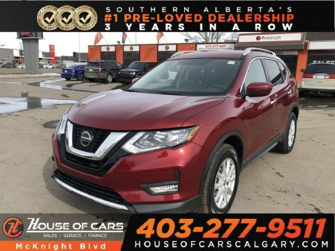 Pre-Owned 2018 Nissan Rogue SV / Back Up Cam