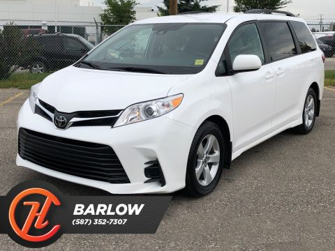 Pre-Owned 2019 Toyota Sienna LE 8-Passenger FWD / Back up cam