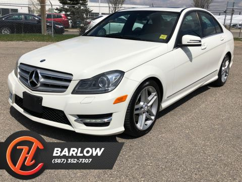 Pre-Owned 2012 Mercedes-Benz C-Class C300 4MATIC / Heated leather Seats / Sunroof
